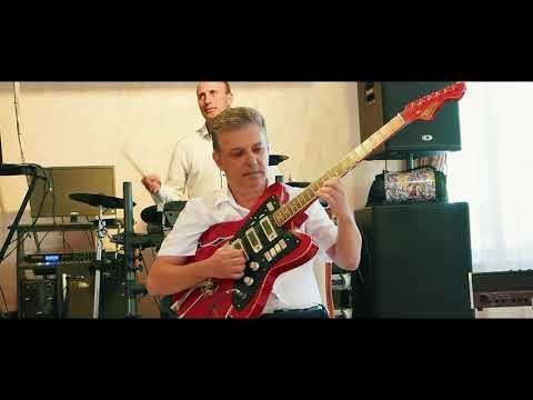 Невероятно красивая мелодия на гитаре