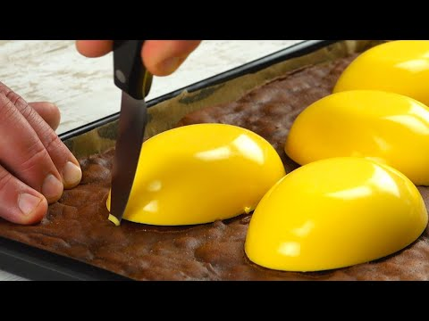 """pressez-5-""""œufs""""-hors-du-moule-et-déposez-les-sur-la-pâte-sombre-:-délicieux-!"""