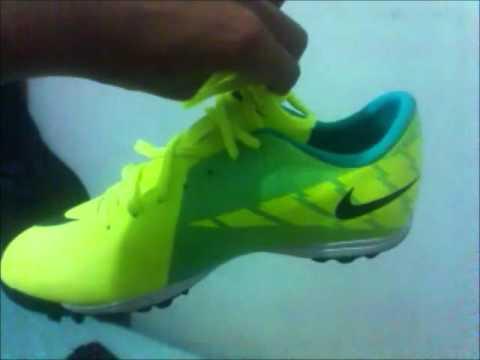 Chuteira Nike Mercurial Victory 2 TF Verde limão - YouTube 97d0d1eeadd50