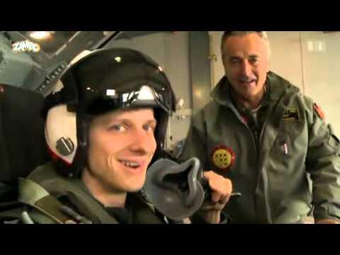Lanzi (Zalando) Flug mit Patrouille Suisse