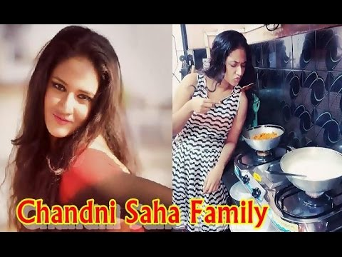 Chandni Saha Family | চাঁদনী সাহা পরিবার | Bengali TV Actress Chandni Saha with her Real Life Family