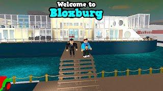 HE HAS A CRUISE SHIP IN BLOXBURG? WHOA! ROBLOX GAMEPLAY | FAMBAM GAMING
