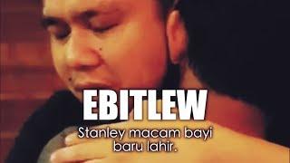 Mengucap syahadah Ebit Lew