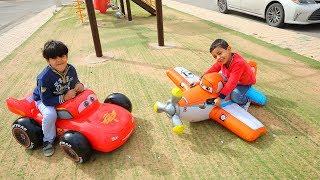 تحدي سياره المطاطيه ضد الطياره المطاطيه مع زياد والياس