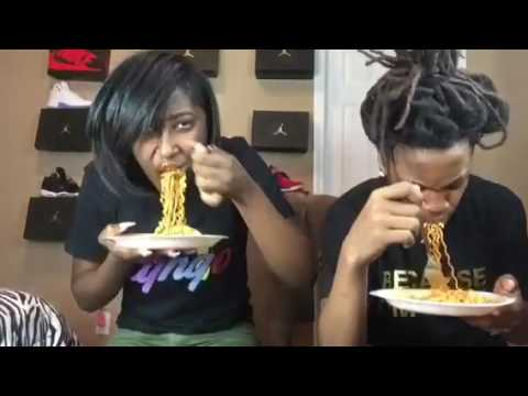 ChyTheGreatest #SpicyNoodleChallenge With Dread_Hhead