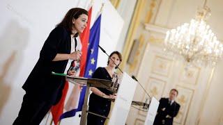 Pressekonferenz Mit Den Bundesministerinnen Karoline Edtstadler Und Alma Zadic.