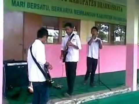 music terbelenggu