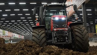 Massey Ferguson Dyna VT 6718 S  Kleibaan rotorkopeggen Truck  Tractorpulling Indoor Assen