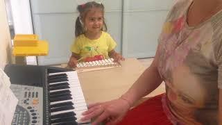 Развитие малышей, урок 24. Музыка.