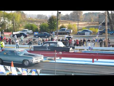 55 Chevy vs 67 Chevelle, Draggin for Toys 2012