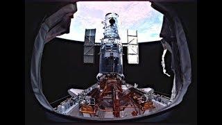 Вот что выдал Хаббл. После восстановления телескоп Hubble прислал первое фото.