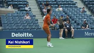Kei Nishikori warms up for his QF match at the 2018 US Open