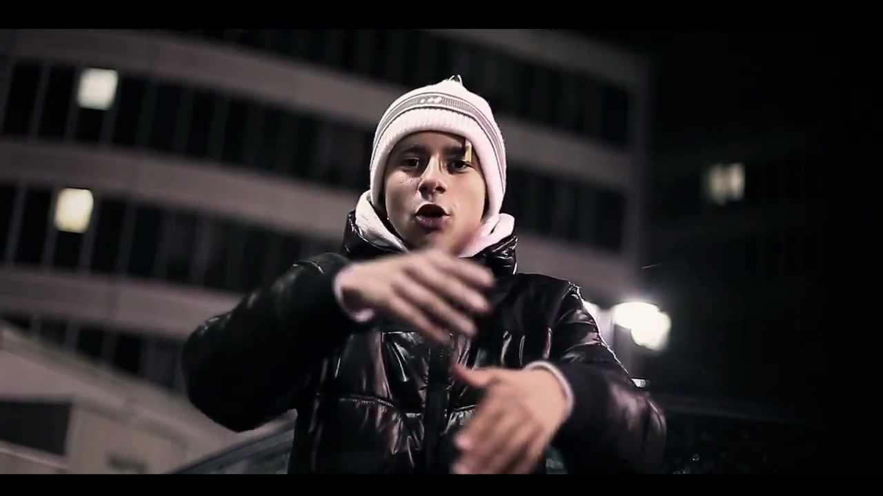 Trz Jeune Rappeur De 16 Ans Youtube