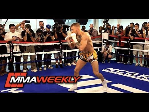 Conor McGregor Shows Off Fancy Footwork Training for Floyd Mayweather
