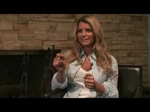 Jessica Simpson Talks About Come On Over