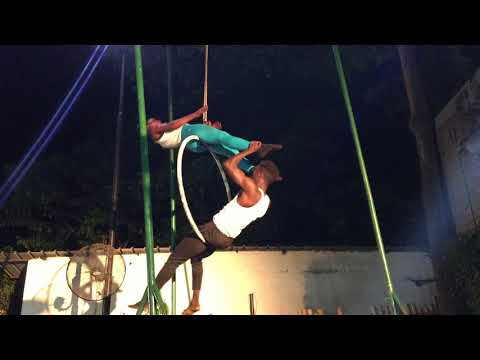 Voxafrica Guinea Urban Tour: Prestation du Cirque Tinafan