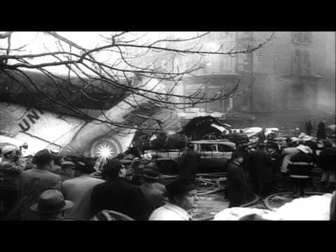 Two air liners crash in mid air and fall on New York City, and holocaust on super...HD Stock Footage