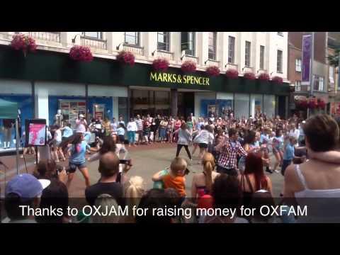 Flashmob - Broad St, Reading 19/8/12