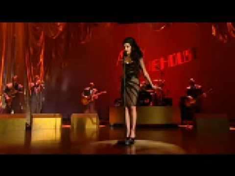 Amy Winehouse - Love is a Losing Game (Brit Awards 2008)