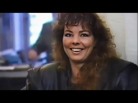 Sandra - Show \u0026 Interview + One More Night [HD] (ARD Verstehen Sie Spass, Germany, 1990)