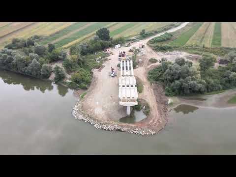 Viitorul pod peste