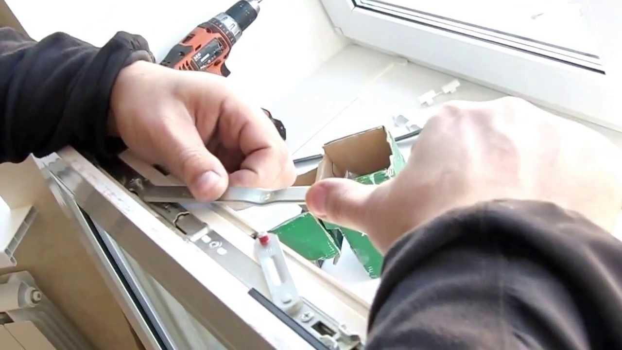 Как увеличить величину откидывания створки при ремонте фурни.