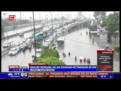 Grogol Banjir Parah, Sepeda Motor Masuk Tol