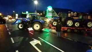 Tractor protest: Machinery 'hits the road' for Dublin