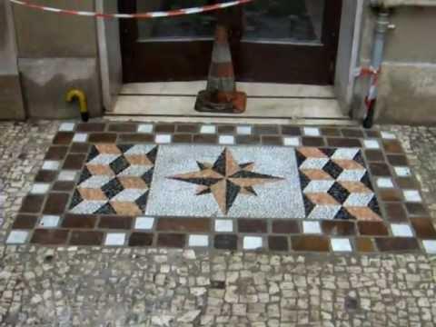 Pietreesassi pavimento a mosaico in ciottoli youtube for Mosaico pavimento