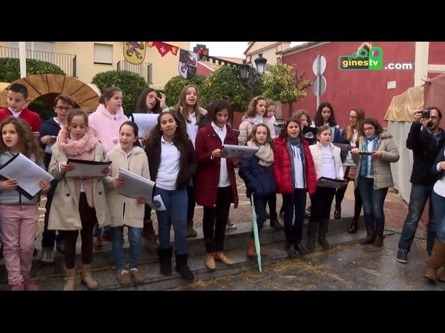 Coro infantil del colegio Ángel Campano en el Mercado Medieval y Navideño de Gines 2015