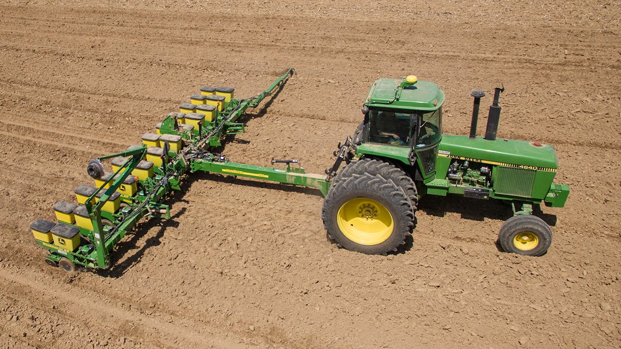New 12 Row Planter John Deere 1760 Youtube