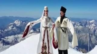Дина Бекоева и Казбек Кудзаев. Осетинский танец . Хонга Кафт .На вершине Эльбруса
