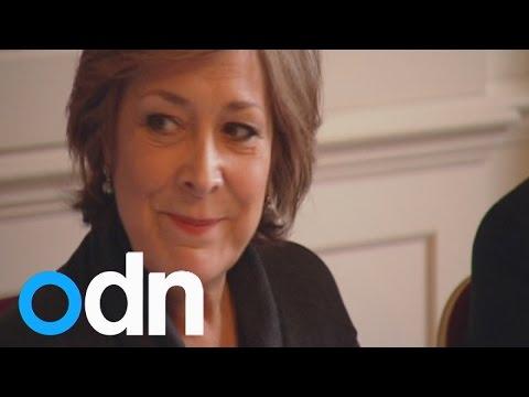 Lynda Bellingham dies peacefully after cancer battle
