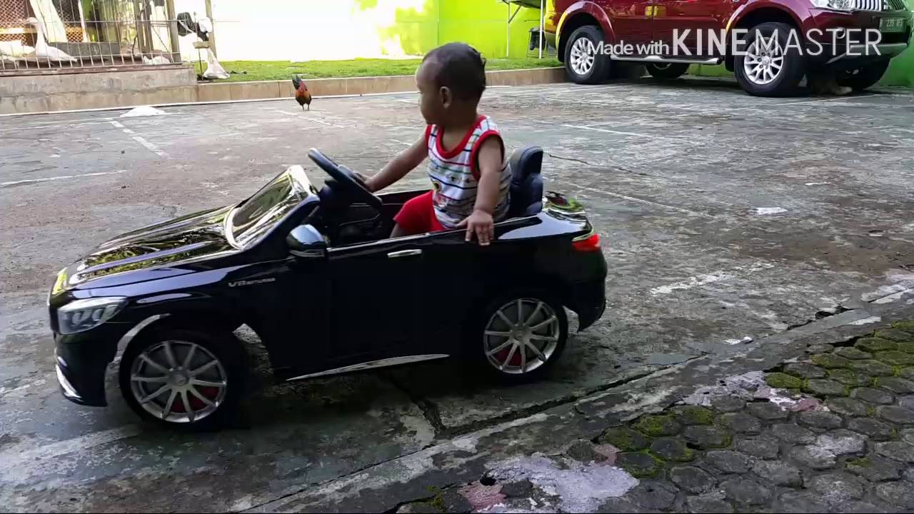 Mercedes benz c63 amg coupe ride on toy car with rc youtube for Mercedes benz ride on