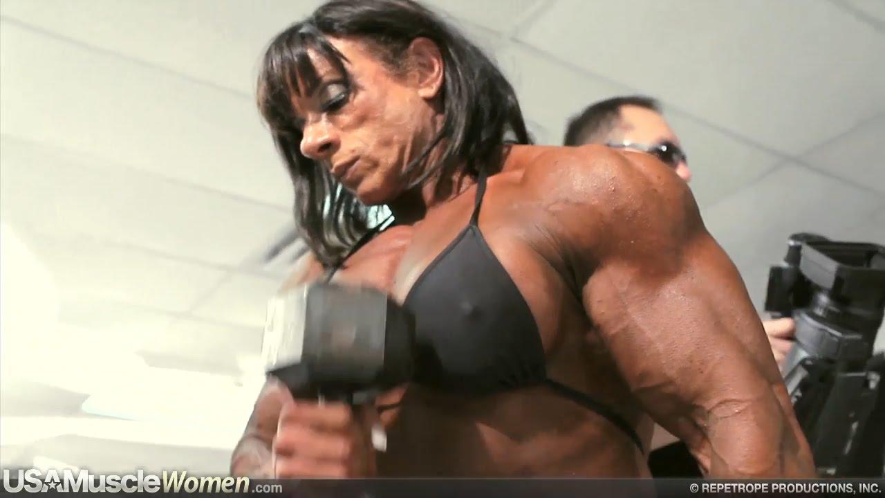 Download Tina Zampa - Female Muscle Fitness Motivation