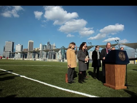 Mayor Bloomberg Opens New Pier 5 in Brooklyn Bridge Park