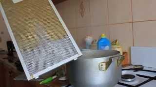 видео как очистить вытяжку на кухне от жира