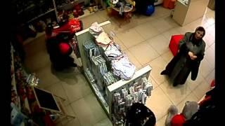 кража в детском магазине кроха на Гаджиева.воровки в Махачкале.внимание воровки.