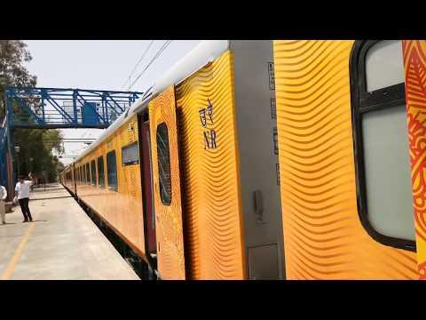 Inside View of Tejas : Luxurious Mumbai-Goa Tejas Express is Costlier than Shatabdi