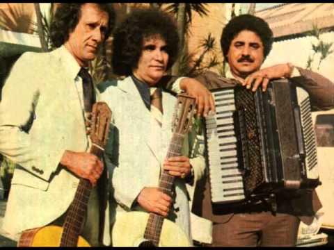 Trio Parada Dura(Creone,Barrerito e Mangabinha)-Parada Dura