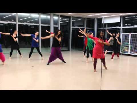 Dola re dola dance steps // triwat dance school , Paris