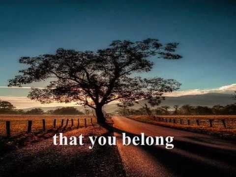 SOMEWHERE DOWN THE ROAD - Barry Manilow (Lyrics)