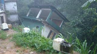 Building collapse in  Ginigathhena