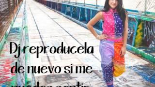 Becky G Play It Again traducida al español