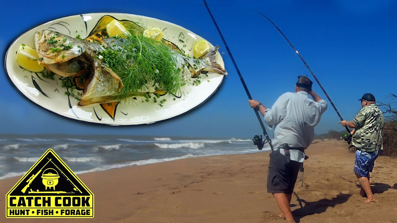 Ray de Bruyn, Going for Sharks and Kob (Mulloway). Cooking Fish and Bait for Dinner [CATCH COOK]