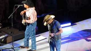 George Strait & Jason Aldean - Nobody In His Right Mind Would've Left Her - Austin, TX 1/10/2014
