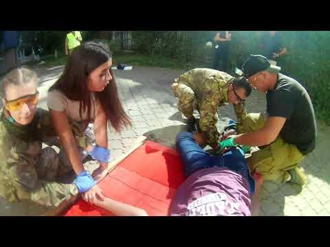 Надання допомоги постраждалому, який впав з висоти