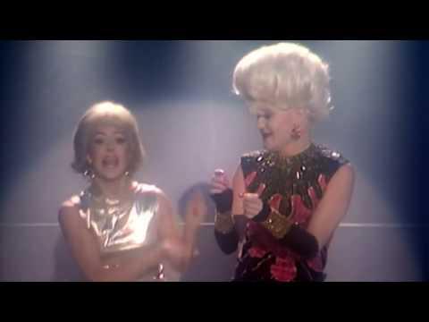 """Barbie och Cia Berg inom """"Jacobs stege"""""""