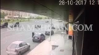 Երևանում Մոլդովայի քաղաքացին Mazda ով բախվում է 2 Opel ների, վրաերթի  ենթարկում 16 ամյա հետիոտնին