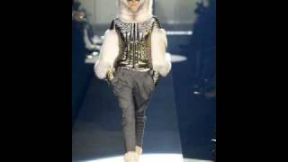 White Furs - белые норковые шубы.wmv(http://whitefurs.narod.ru Где купить норковую шубу в Москве? White Furs - элитные белые норковые шубы! Белый мех, белые шубы,..., 2010-12-16T19:35:16.000Z)